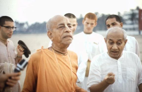 Doutor Patel Caminha para o Vaishnavismo 1