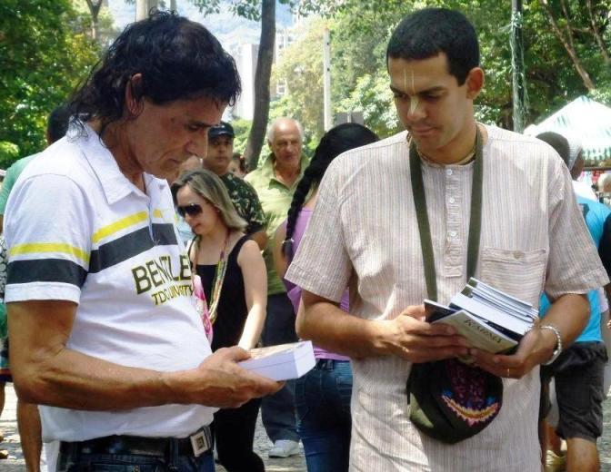 07 I (artigo - pregação) A Missão de Distribuir Livros (2500)1