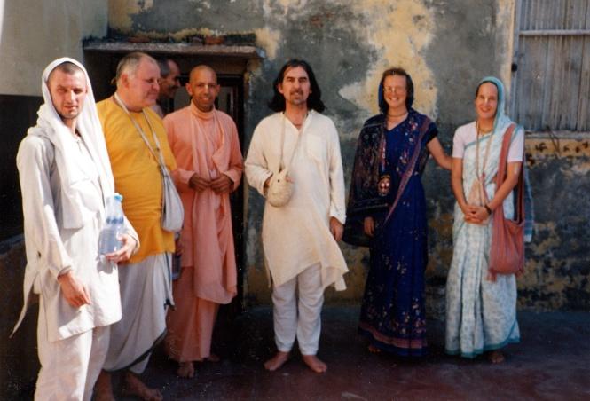 22 SI (entrevista - mantra) O Cantar de Hare Krishna (2000) (da) (pn)2