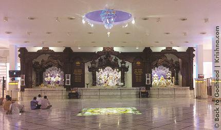 11 I (notícia - Templos) Um Espetáculo Multicolorido dentro do Branco Esplendoroso (1500)5