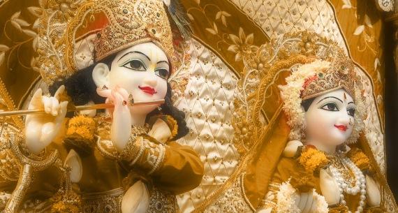 10 I (artigo - Sadhana) Archana, Adoração à Deidade (2800) (bg)1