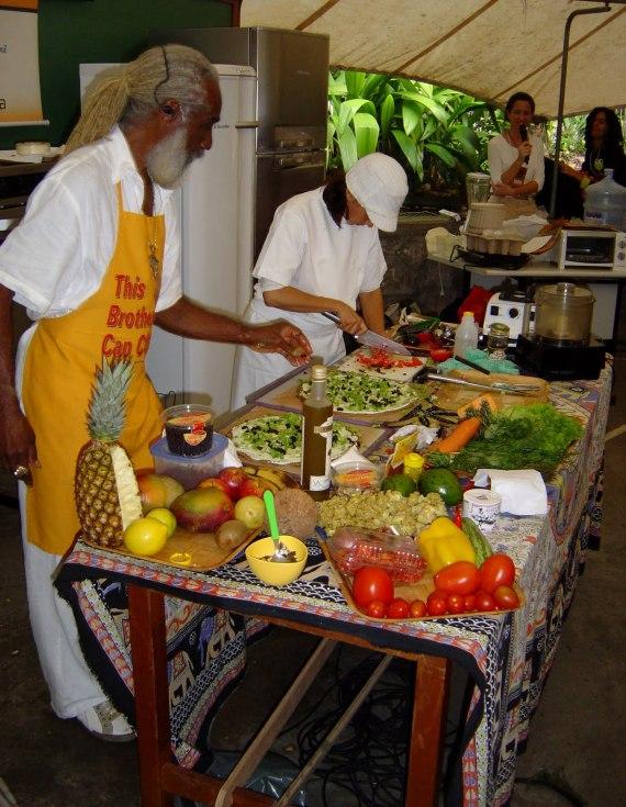 -14 SI (artigo - Alimentação) Além do Vegetarianismo (4000) (pm) (pn)3