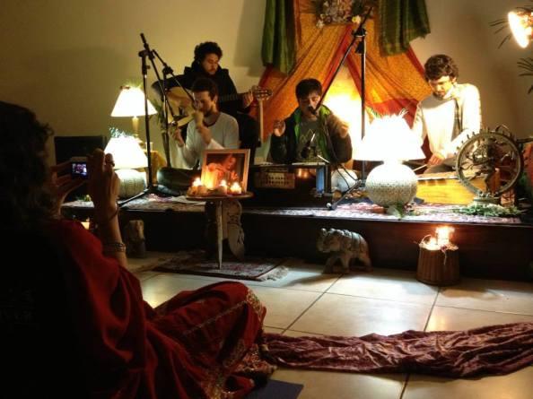 -09 (entrevista - Mantra) Vraja Mandala Entrevista (2255) (ta)1