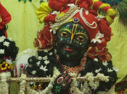 -25 (artigo - Krishna) R 64 Qualidades  de Krsna - 25 a 32 (1856) (ta)