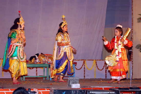 12 I (história - Krishna) Jagannatha - O Êxtase do Reencontro (4001) (ta)