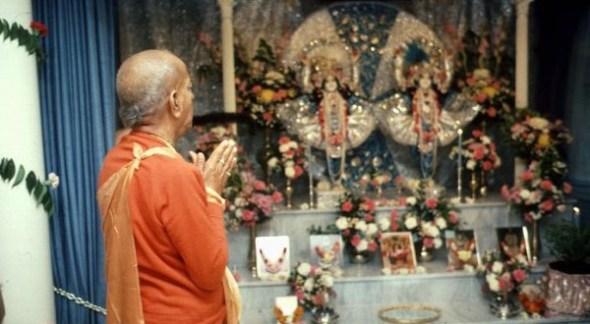 (25) (artigo - bhagavad-gita) Yajna Uma Análise Criteriosa de Sacrifício e Oferenda na Bhagavad-gita (3400) (rev) (ta)