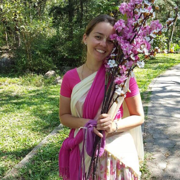 27 (notícia - educação) Reportagem Radha Krishna Camp (12)