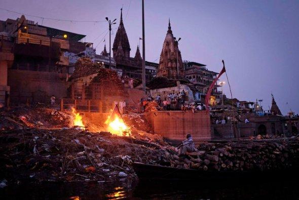 dia 30 (artigo - karma e reencarnação) Morte e Renascimento no Hinduísmo12